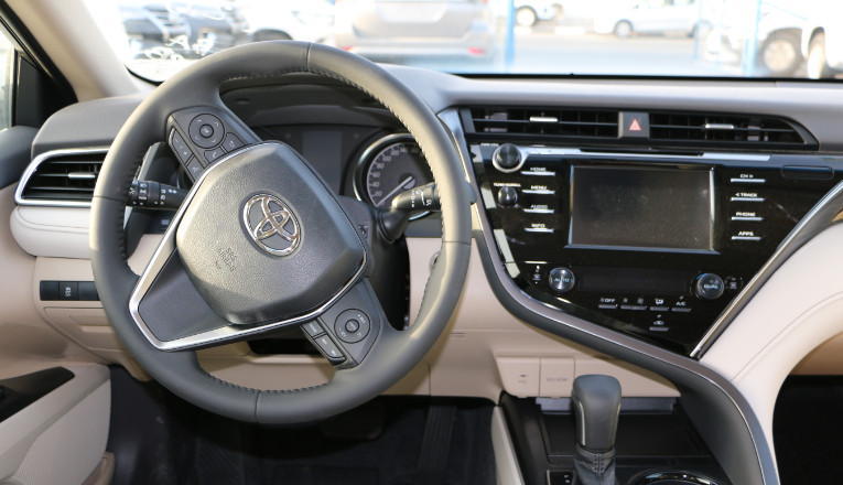 Toyota camry SE 2.5L P/T A/T Sedan