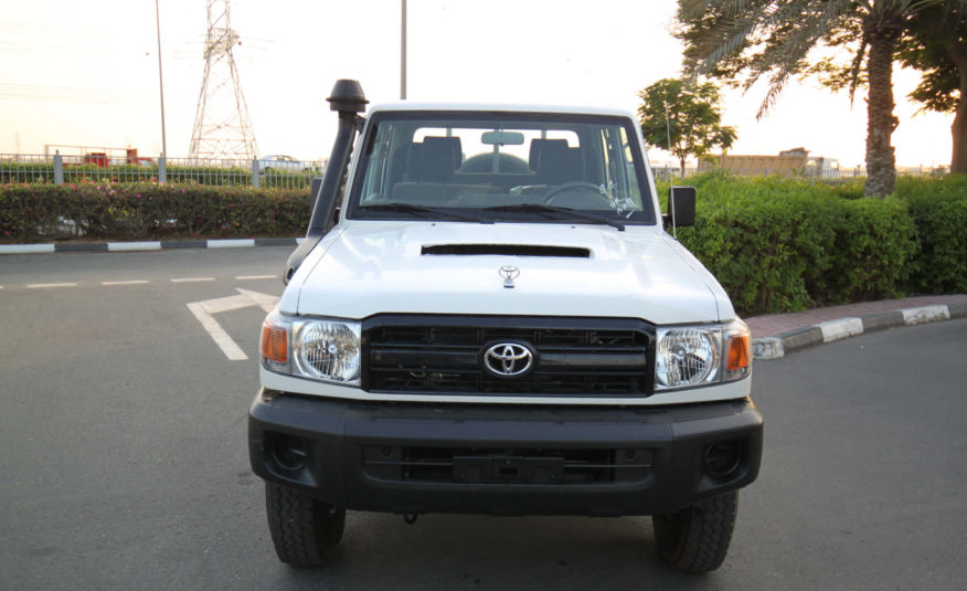 Toyota Landcruiser Pick-up LC70